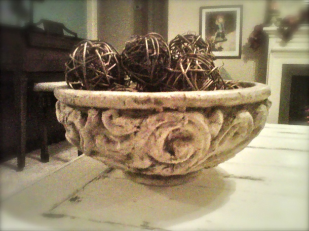 decor, coffee table, vignette, decorative bowl, Fall, decor, vase filler