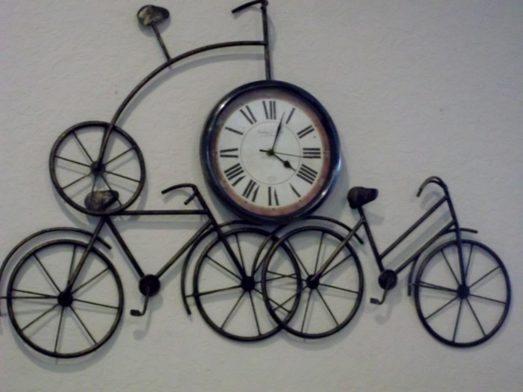 wall clock, bicycle art, home decor