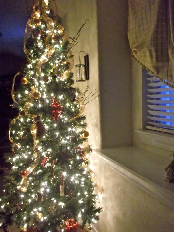 prelit Christmas tree, Christmas decor, holidays, d.i.y.