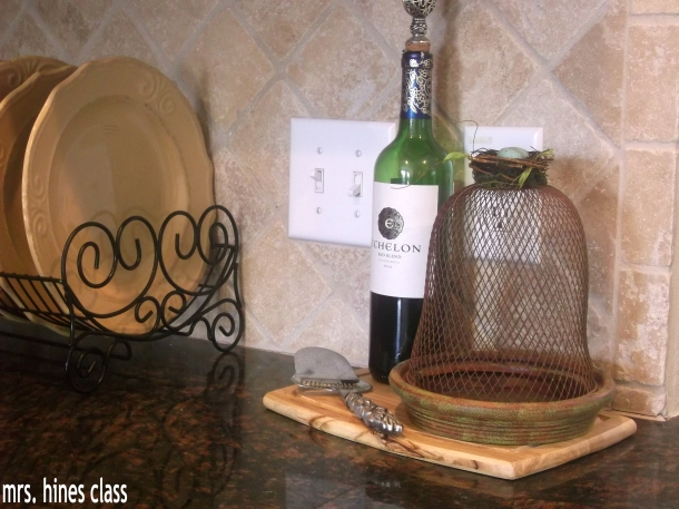 dish rack, wire cloche, french country, kitchen, home decor, design, dishes wine, cheese tray